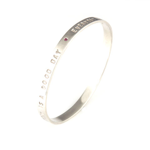 'Every,day,is,a,good,day',-,silver,oval,shape,bangle,with,ruby,silver jewellery, contemporary jewellery, bangle