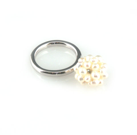 'Pearl,Wonder',-,silver,small,pearl,cluster,ring,silver jewellery, contemporary jewellery, ring, pearl