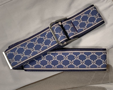 Women's,Belt,-,Horse,Shoes,on,Navy,Blue,equestrian belt, equestrian print belt, horse shoe belt, blue horse shoe belt, gold horse shoe belt,  2 inch belt 2 inch wide belt, Bits, Horse bits, snaffle bits, Dr. Bristol bit Print, woman's belt, Belt, tan belt, fabric belt, canvas belt, vegan belt