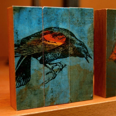 Red,Wing,Blackbird,-,Mini,Triptych,Art,Reproduction,Digital,block,blocks,triptych,free_standing,small,mini,illustration,bird,blue,black,red,wood,paper,glue,sealer