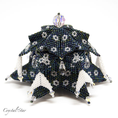 The,Heavenly,Vault,-,Tutorial,Peyote,Beaded,beading,geometric,beaded box,box,star,ornament,peyote,christmas,PDF,tutorial,pattern,instructions,handmade,gift, PDF, tutorial, pattern, geometric, six pointed star, Heavenly Vault