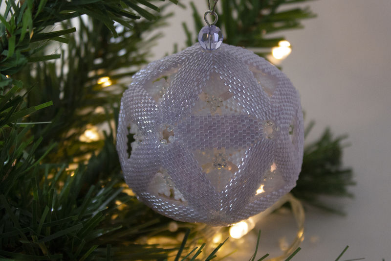 Snow Globe 'Lavender' Christmas Bauble beading tutorial - product image
