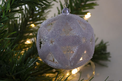Snow,Globe,'Lavender',Christmas,Bauble,beading,tutorial,pattern, tutorial, PDF, Snow Globe, Bauble, Christmas, Lavender, star, peyote, Tracey Lorraine, Crystalstargems, Crystal Star