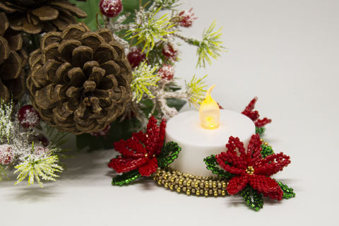 Poinsettia,LED,Candle,Holder,Tutorial,Beaded,ornament,poinsettia,peyote,CRAW,christmas,PDF,tutorial,pattern,beading,Tracey Lorraine,Crystalstargems