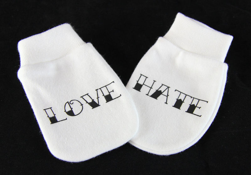 Tattoo Style Love & Hate Scratch Mitts - product image
