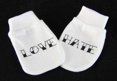 Tattoo,Style,Love,&,Hate,Scratch,Mitts,Baby Clothes,Baby clothing,Children,Baby,Love_and_Hate,Scratch_Mitts,love,hate,baby_Mitts,baby_mittens,baby_gloves,gloves,scratch_gloves,Baby_Love_Hate,Baby_Scratch_gloves