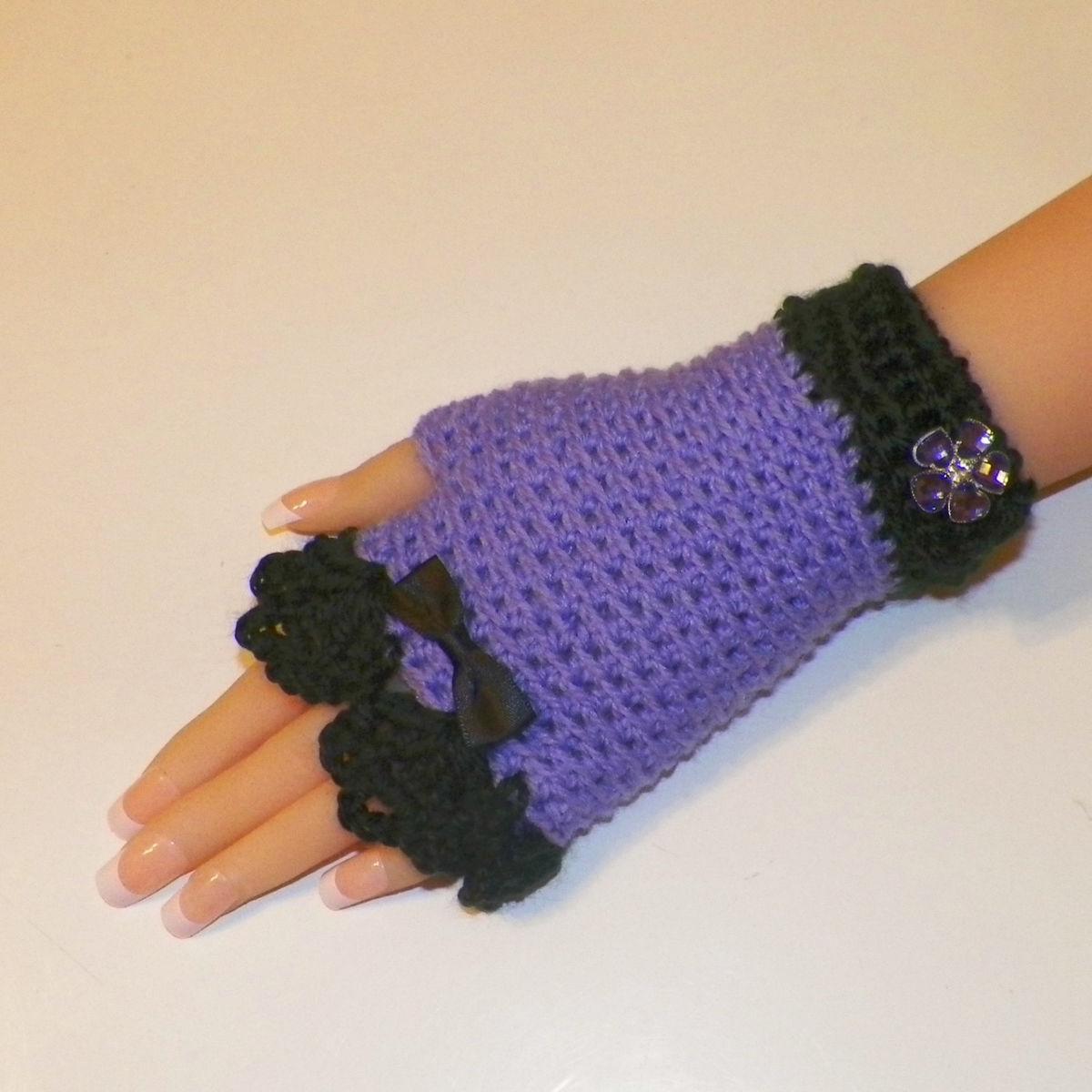 baf8ff66f Purple Black Gothic Fingerless Gloves Lace Button Steampunk ...