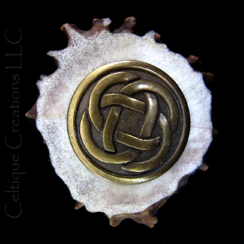 Circle,Celtic,Knot,Deer,Antler,Kilt,Pin,Handmade,Cap,Badge,Tie,Tack,Celtic Knot Kilt Pin, Celtic Knot Deer Antler Kilt Pin, Handmade Deer Antler Kilt Pin, Handmade Deer Antler Cap Badge, Celtic Knot Deer Antler Cap Badge