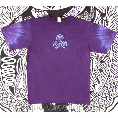 Celtic,Triskele,Tie,Dye,T-Shirt,Purple,Tee,Blue,Triskelion,Design,Unisex,Celtic Triskele Purple Tie Dye T-shirt, Hand Dyed Purple Celtic Shirt, Tie Dye Celtic Triskele Tee
