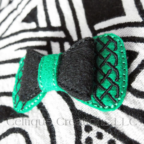 Celtic,Hair,Bow,Handmade,Barrette,Green,and,Black,Celtic Bow, Celtic Hair Bow, Celtic Barrette, Handmade Celtic Bow, Handmade Celtic Barrette, Green and Black Hair Bow, Celtique Creations