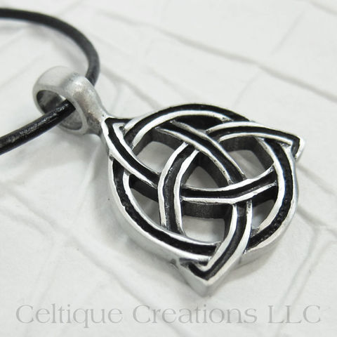 Handmade,Celtic,Trinity,Knot,Necklace,Adjustable,Trinity Knot Necklace, Triquetra Necklace, Handmade Trinity Knot Necklace, Celtic Trinity Knot Necklace, Handmade Triquetra Necklace, Celtic Triquetra Necklace, Celtic Necklace, Celtic Jewelry, Celtique Creations