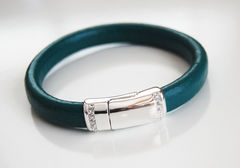 Teal,Green,Licorice,Leather,Bracelet,With,silver,Pave,Magnetic,Clasp-,-,Bangle,Jewelry,licorice_leather,leather_bracelet,teal_green_bracelet,green_bracelet,bangle_bracelet,for_her,for_mom,women_bracelet,elegant_bracelet,feminine_bracelet,ohcanadateam,ferozasjewelery,mothers_day,licorice leather,pave magnetic clasp