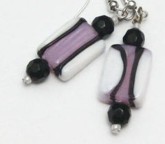 PInk,White,Black,Salt,Water,Taffy,Lamp,Work,Earrings,Jewelry,Dangle,handmade_earrings,lampwork_beads,pink,black,white,striped,dangle,fun,casual,playful,taffy,tasrete_team,beadsteam,glass_beads,silver_plated_ear_wires,silver_plated_findings