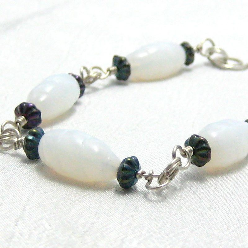 White Vintage Glass Twist Bead Metallic Black Sterling Silver Bracelet - product images  of