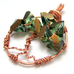 Handmade,Tree,of,Life,Copper,Pendant,Green,and,Gold,Jewelry,Wire_Wrapped,handmade_pendnant,tree_of_life_pendant,copper_pendant,green,gold,wire_wrapped,glass_beads,copper_wire