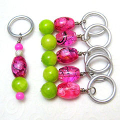 Stitch,Markers,Handmade,Pink,and,Lime,Green,Color,Splash,Knit,Crochet,Supplies,Stitch_Markers,stitch_marker,pattern_marker,knit,crochet,handmade,place_marker,hot_pink,fuschia,lime_green,silver,tasrete_team