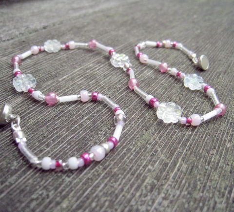 Kids,Jewelry,,Girls,Iridescent,Flower,Necklace,,Magnetic,clasp,,Pink,Beads,,Magenta,,Children,Jewelry,Necklace,little_girls,kids,grandchildren,spring,flowers,magnetic_clasp,Made_in_Italy_Team,Little_Peeps,beaded,sparkle,pretty,rose,Czech glass beads,silk cord,lead safe magnetic clasp,sterling silver findings