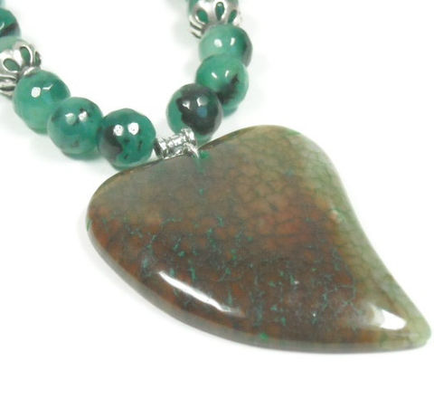 Gemstone,heart,necklace:,love,necklace,,Dragon,Vein,green,Valentines,jewelry,,gift,for,girlfriend,wife,anniversary,Jewelry,Necklace,love_necklace,gift_for_wife,heart_necklace,valentines_necklace,heart_jewelry,gemstone_heart,agate_heart_pendant,stone_heart_necklace,gemstone_necklace,green_stone_jewelry,chalcedony_necklace,dragon_vein_heart,gift_for_girlfriend,sterling
