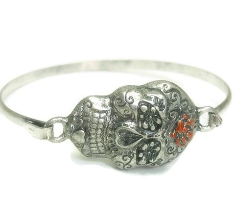 Sugar,Skull,Bracelet,-,Minimalist,Bangle,Day,of,the,Dead,Dia,de,los,Muertos,Metal,with,Rose,Jewelry,sugar_skull,skull_bangle,skull_bracelet,day_of_the_dead,Dia_de_los_Muertos,sugar_skull_jewelry,bangle_bracelet,skull_and_rose,minimalist,rocker_grunge_goth,gothic_skull_jewelry,skull,Tt_Tpt_Punks_123,silver plate,sugar skull,red enamel