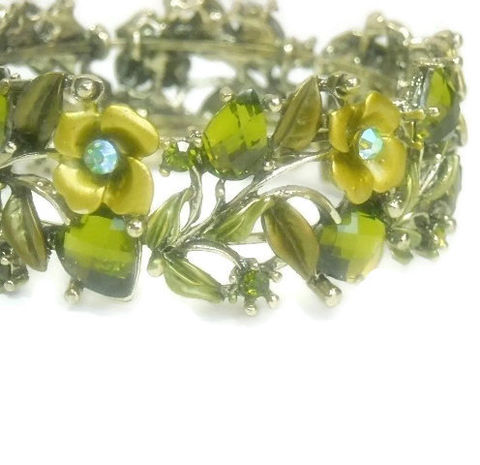 Vintage,1970s,Hinged,Cuff,Bracelet,,Wide,Olivine,Rhinestone,Cuff,,Roses,,Hearts,,Leaves,,Flowers,,Valentine,,Mothers,Day,,Peridot,,August,Jewelry,Bracelet,Cuff_Bracelet,Vintage_Cuff,Hinged_Cuff,1970's_Cuff,Jewelled_Cuff,Olivine_Green,Floral_Cuff,Rhinestone_Bracelet,Hearts_Roses_Leaves,august_birthday,mothers_day,black_friday_cyber_m,metal hinged cuff with stones