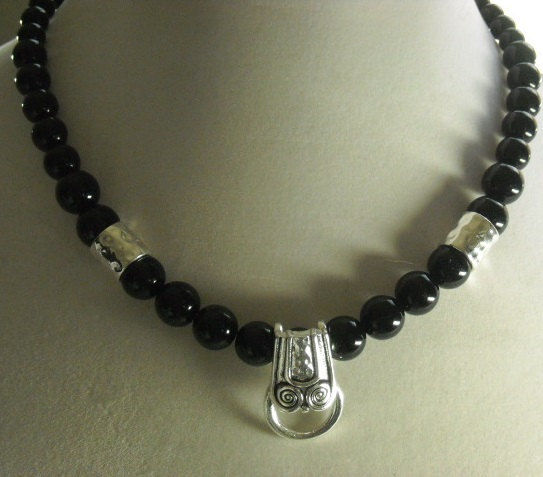 Black Beaded Pendant Holder Necklace - product images  of