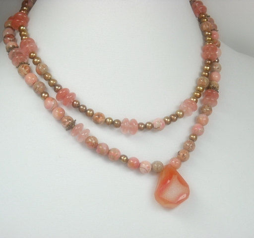 Pink Geode Druzy Necklace, Crystal Druze Pendant, Agate Stone Jewelry, Impression Jasper, Drusy, Gemstone Necklace, Double Beaded Necklace - product images  of