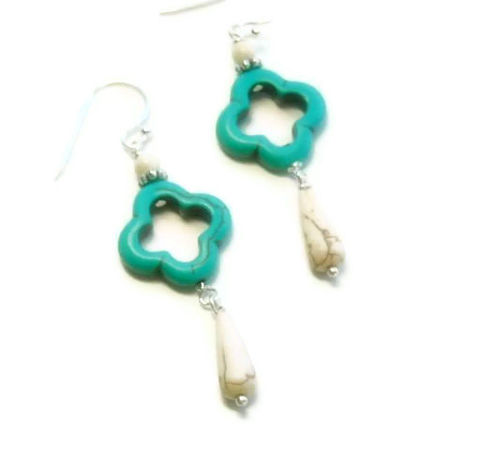 Neon,Earrings,-,Turquoise,&,White,Dangle,Jewelry,Earrings,,Summer,,Beach,neon_earrings,neon_jewelry,art_deco_earrings,boho_earrings,hippie_earrings,summer_earrings,dangle_earrings,teen_tween_earrings,summer_trends,black_friday_cyber_m,turquoise_earrings,turquoise_and_white,southwest_earrings,20mm magnesite fra