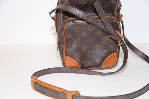 Louis,Vuitton,Camera,Bag,louis vuitton, vintage, handbags, camera case, consignment