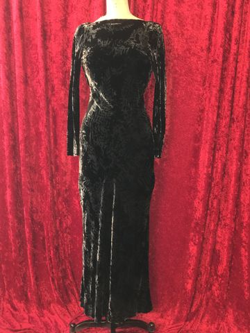 BNWT,Black,and,Grey,Patterned,Velvet,Long,Morticia,Dress,Black and Grey Patterned Velvet Long Morticia Dress