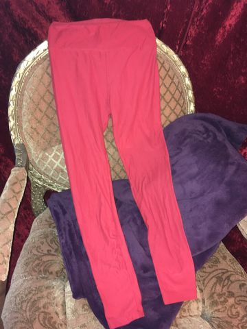 LulaRoe,OS,Red,Leggings,LulaRoe OS Red Leggings