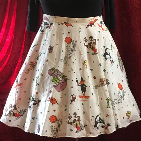 Wrap,Around,,Multi-size,,Circle,Skirt,,Bugs,Bunny,Print,Wrap Around, Multi-size, Circle Skirt, Bugs Bunny Print