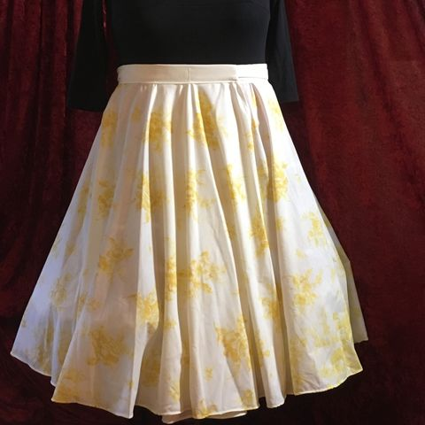Wrap,Around,,Multi-size,,Circle,Skirt,,Gold,Floral,Print,Wrap Around, Multi-size, Circle Skirt, Gold Floral Print