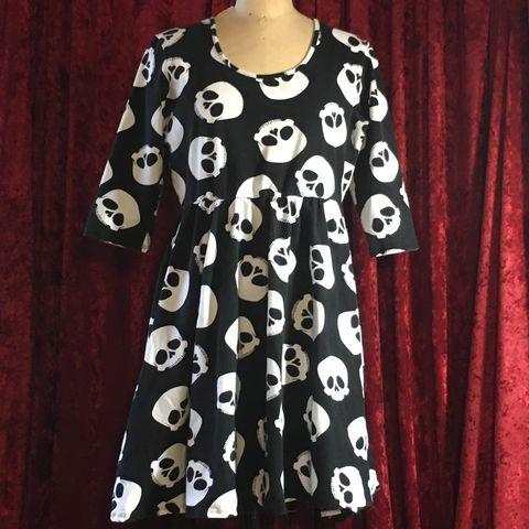 Deadly,Dames,-,Hot,Rod,Honey,Skull,Dress,XXL,Deadly Dames - Hot Rod Honey Skull Dress XXL