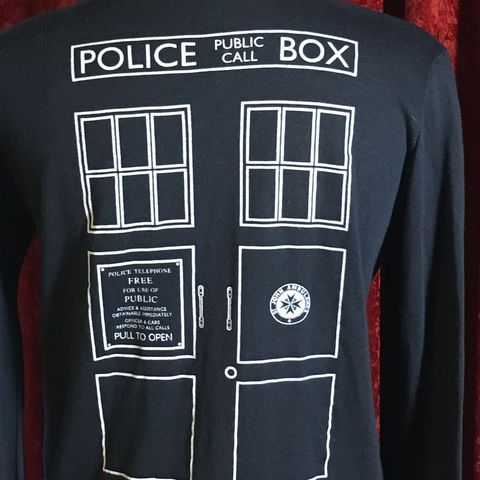 Tardis,-,Cardigan/Sweater,BBC,Dr,Who,Tardis - Cardigan/Sweater - BBC - Dr Who
