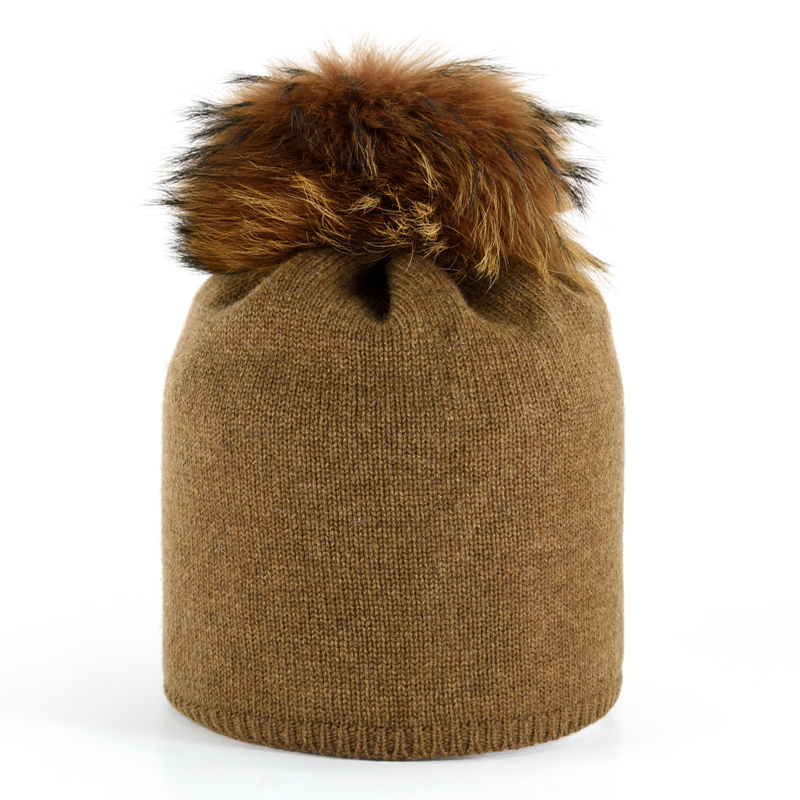Star Beanie with Fur Pompon - Cognac - product image