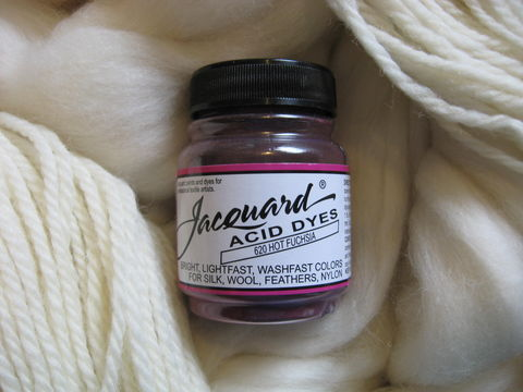 Jacquard,Acid,Dye,,Hot,Fuchsia,620,,for,Wool,,Silk,,,Feathers,,Nylon,,and,Other,Protein,Fibers,Dye, acid dye,  fuchsia, acid wool dyes, acid fiber dyes, Jacquard , Jacquard Fuchsia, vinegar dye, fiber dye, synthetic dye, Jacquard dye, Jacquard Fuchsia Dye, BrushCreekWoolWorks, Brush Creek Wool Works
