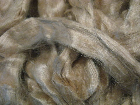 Dark,Honey,Tussah,Silk,Spinning,Top,silk , silk top, tussah silk, tussah silk top, tussah spinning silk ,sericulture , spinning silk, spinning roving, tussah silk roving, honey silk ,honey silk roving, honey silk top , BrushCreekWolWorks,Brush Creek Wool Works
