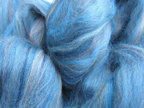 Denim,Multi,color,Merino,Wool,Roving,wool, roving, spinning, spinning roving, spinning wool, demin, blue, blue roving, merino roving, multicolor roving, wool roving, BrushCreekWoolWorks, Brush Creek Wool Works