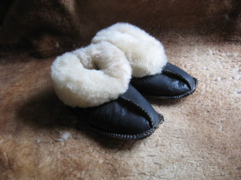 Sheepskin,Slippers,,Babies,Extra,Large,sheepskin, slippers, cream, babies, extra large, nappa, fleece, leather,  dark brown, Brush Creek Wool Works, BrushCreekWoolWorks