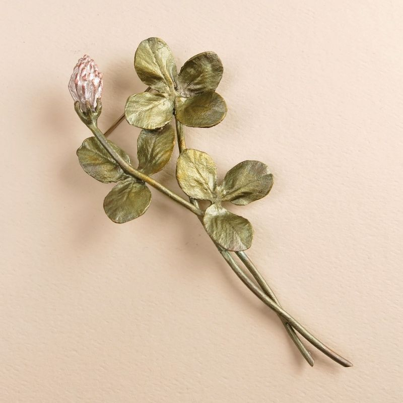 Clover Spray Pin - product image