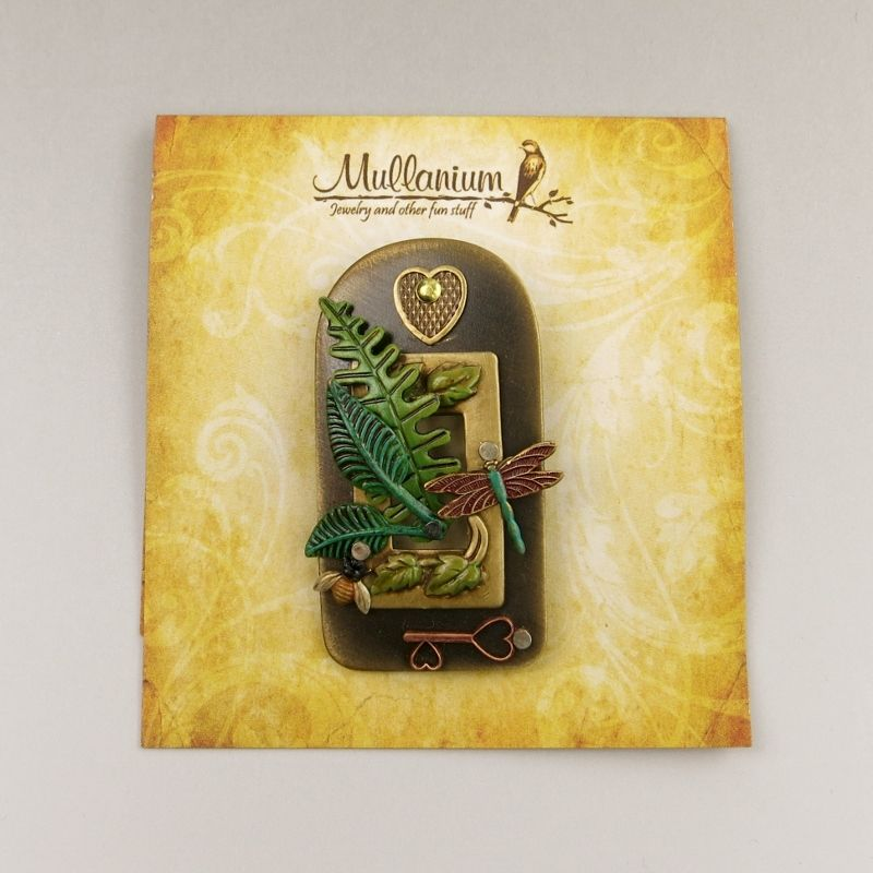Mullanium Green House Pin - product image