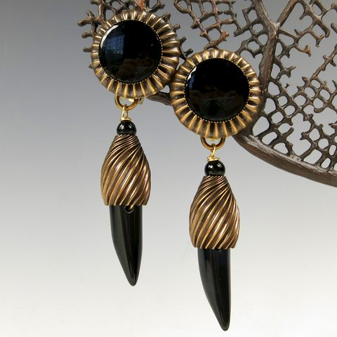 Jan,Michaels,Statement,Large,Black,Onyx,Horn,Earrings,Jan Michaels, Jan Michaels Statement Large Black Onyx Horn Earrings, Jan Michaels earrings, Jan Michaels Black Onyx Earrings