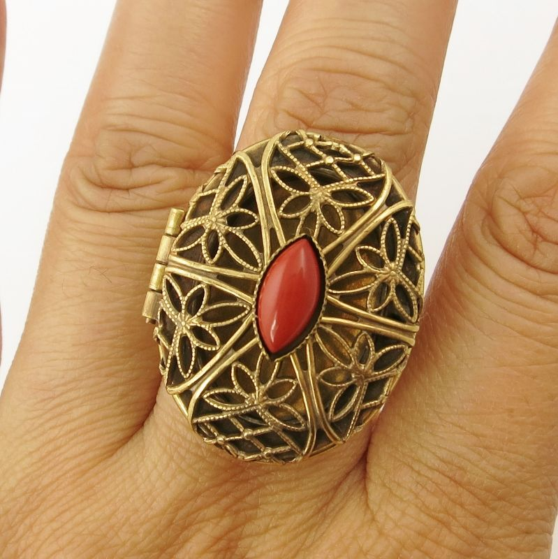 Jan Michaels Lace Locket Ring - product image