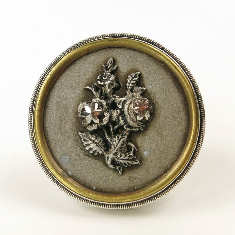 Mars and Valentine Sterling Silver Large Vintage Button Flower Ring - product image