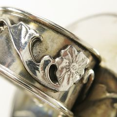 Mars and Valentine Sterling Silver Large Vintage Button Flower Ring - product images 3 of 5