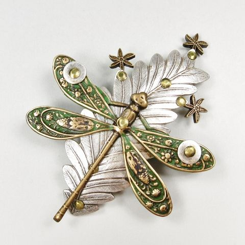 Mullanium,-,Dragonfly,on,Leaf,Pin,Mullanium by Jim and Tori, Mullanium Art, Mullanium pin, Mullanium Dragonfly on Leaf Pin
