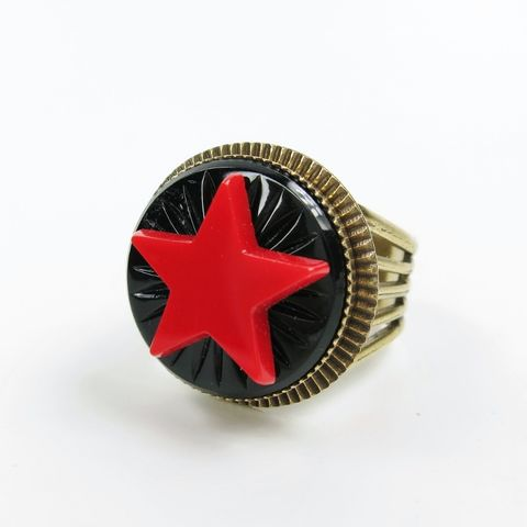 Jan,Michaels,Red,Antique,Glass,Star,Emblem,Ring,Jan Michaels, Jan Michaels Jewelry, Jan Michaels ring, Jan Michaels Red Antique Glass Star Emblem Ring