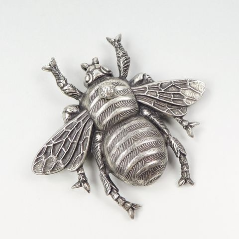 Jan,Michaels,Antique,Silver,Plated,Killer,Bee,Pin,Brooch,Jan Michaels Killer Bee Pin Brooch, bee brooch, bee pin, Jan Michaels pin