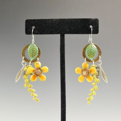 Mullanium,Earrings,-,Date,Wheel,and,Yellow,Flower,Mullanium Earrings Date Wheel and Yellow Flower, Mullanium by Jim and Tori, Mullanium Art