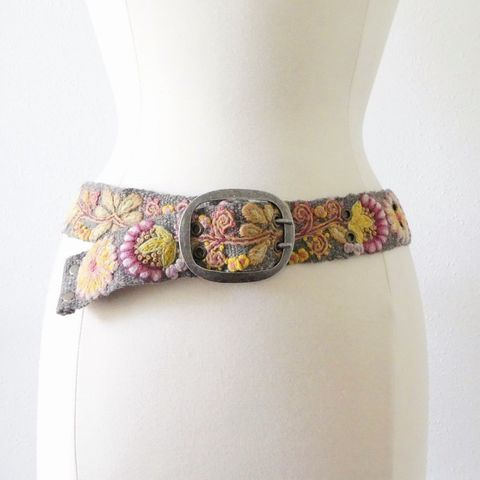 Jenny,Krauss,Heather,Gray,Belt,Jenny Krauss Heather Gray Belt, jenny krauss embroidered peruvian belt, Jenny Krauss wool embroidered belt